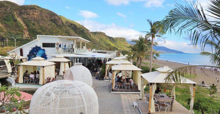 屏東景點》大海好藍!愛琴海岸海景咖啡,無敵看海放空視野,度假就該如此~ @小兔小安*旅遊札記
