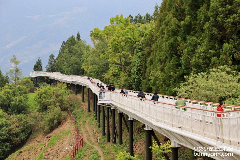 南投景點》清境天空步道,最美高空景觀步道!伸手就能摸到雲朵,新增400公尺步道超夢幻~