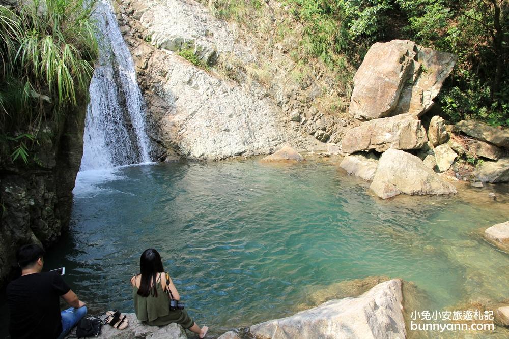 『宜蘭景點』山林秘境猴洞坑瀑布!俯瞰蘭陽美景+療癒小魚免費咬腳皮~