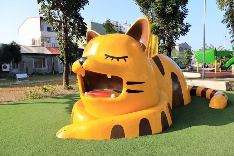屏東》免門票景點!勝利動物溜滑梯公園,10座可愛動物造型溜滑梯隨你玩!
