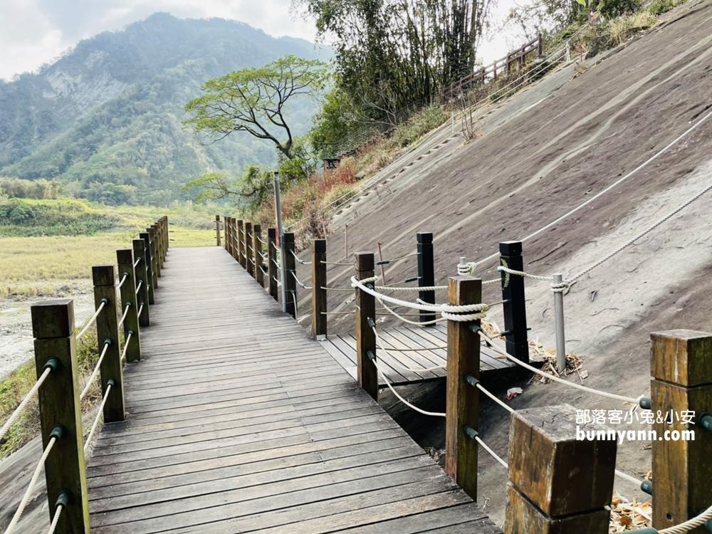 雲林》來當壁虎!草嶺峭壁雄風和小天梯,挑戰陡峭斜壁攻頂,漫遊草嶺十景之一