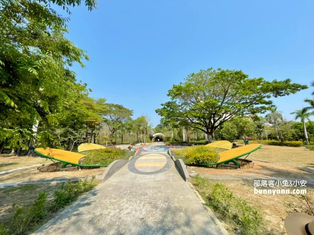 高雄金獅湖蝴蝶園 免門票賞蝴蝶,美拍空中賞蝶步道,親子遊戲室好好玩