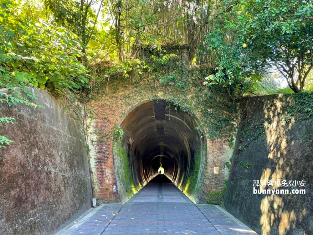 五堵鐵路隧道,美拍神隱少女系隧道,汐止基隆河自行車道漫遊