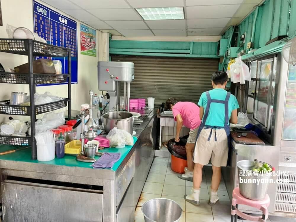 鹽水美食》銀鋒冰果室和白雪冰菓室,西瓜檸檬&香蕉清冰好吃